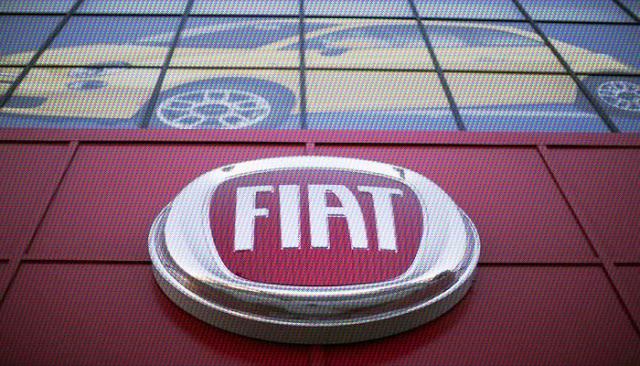 Fiat Chrysler, dünya genelinde 1,9 milyon araçta tespit edilen yazılım hatasının tespit edilmesi sonucu muhtelif araçları geri çağırıyor.